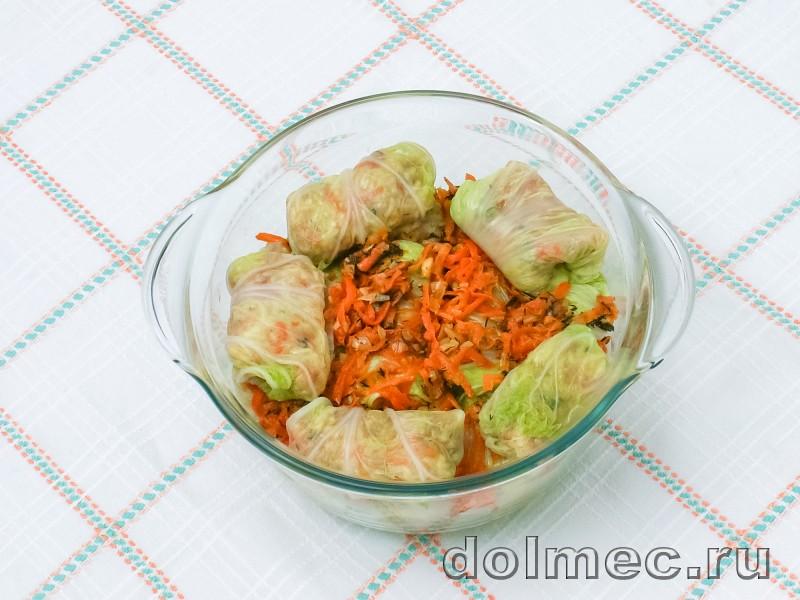 Голубцы из пекинской капусты в духовке со сметаной: фото 5